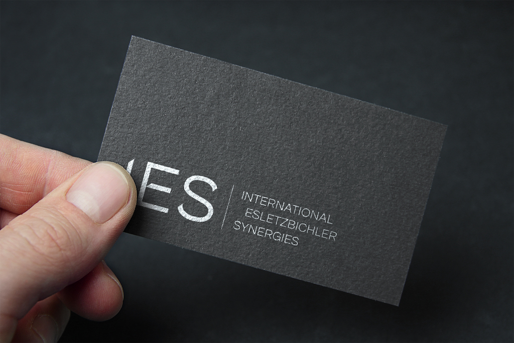 P Ies businesscard